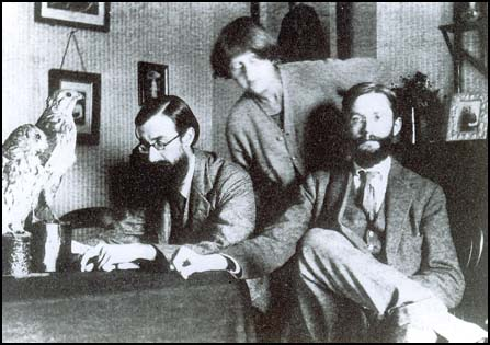 a biography of lytton strachey a writer and member of bloomsbury group During the earlier years of the group's history there were various affairs among  the individuals  lytton strachey's companion the painter dora carrington was  never a  all the male members of the early bloomsbury group except duncan  grant  virginia woolf was writing and publishing her most widely-read  modernist.
